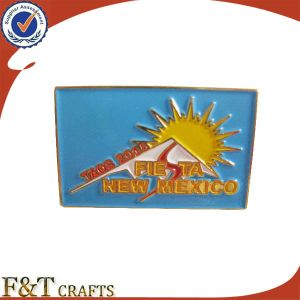 Custom Rectangle Soft Enameled Blue and Golden Metal Badge (FTBD9014J) pictures & photos