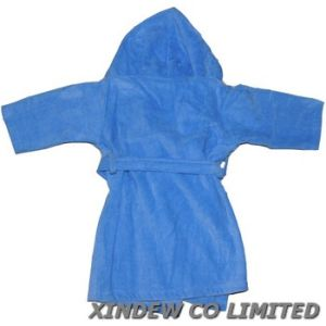 100% Cotton Terry Velour Baby Bathrobe with Embroidery. pictures & photos