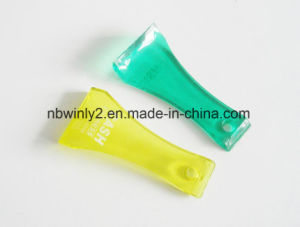 Plastic Scoop Tyre Car Brush pictures & photos