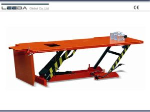 Heavy Duty Hydraulic Motorcycle Lift Table pictures & photos