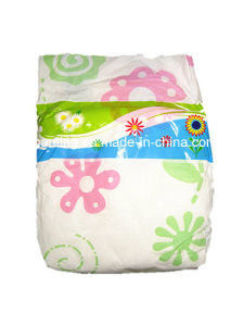 2016 New Breathable Disposable Baby Diaper with Super Absorption pictures & photos