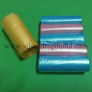 HDPE Plastic Trash Bag in Different Colors (on roll) pictures & photos