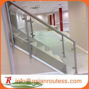 China Glass Stair Railing Pillar Accessories For Home Decoration
