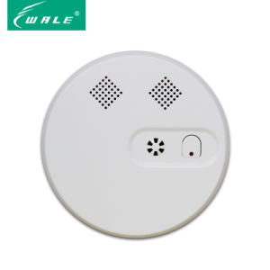 Photoelectric Independent Smoke Detector with Battery pictures & photos