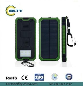 12000mAh portable Waterproof Solar Power Bank pictures & photos