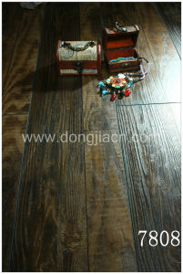 Exotic Synchronized Walnut Laminate Flooring 7808 pictures & photos