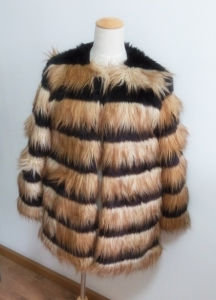 Women′s Coats Artificial Wool Clothes Es1503-F# pictures & photos