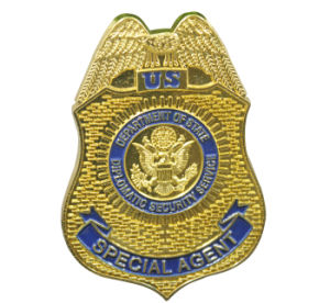 Customized Metal Gold Plated Police Badge for Private Security Officer pictures & photos