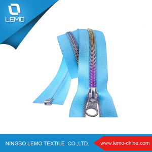 Good Quality and Price for Nylon Zipper pictures & photos