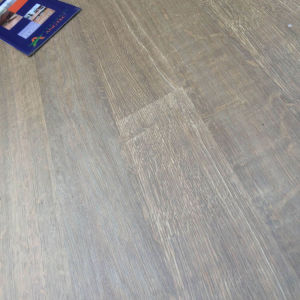 Easy Click Oak Enropean Style Laminate Flooring pictures & photos
