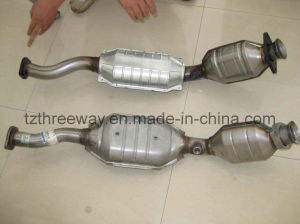Direct Fit Catalytic Converter for Ford American Version pictures & photos