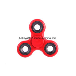 Wholesale Novelty Popular Finger Spinner in Different Colors pictures & photos