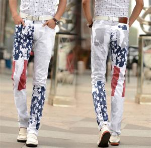 Europe and The United States Men′s Flag Stamp Star Painted Color Stretch Jeans pictures & photos