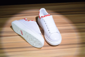 e32c6061cd66bc Supreme X Alexander Mcqueen Fashion Leather Sneakers Sport Breathable  Casual Running White Shoes 35-44
