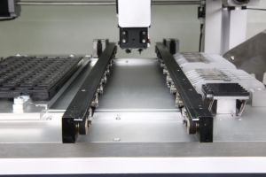 Vision System P&P Machine in SMT Product Line pictures & photos