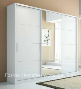Mirror Wardrobe Armoire in Pure White (HF-R6UU8) pictures & photos