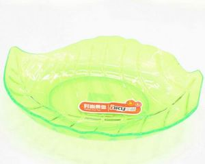 New Design Leaf Shaped Plastic Plate/Dish for Fruit and Candy