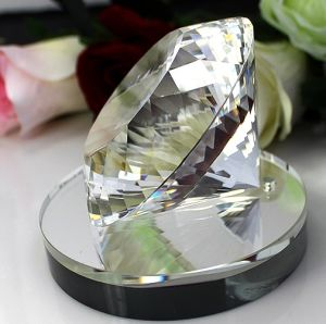 80mm 100mm Machine Cut Crystal Diamond with Mirror Base Stand pictures & photos