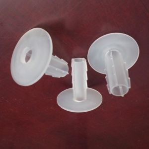 Wire Wall Bushing in Clear for Rg8 pictures & photos