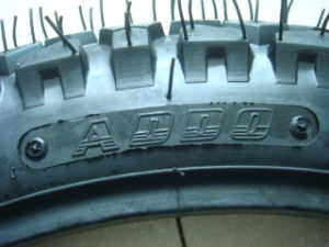 Motorcycle Tubeless Tyre for Brazil (130/60-13) pictures & photos