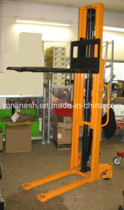 1000kgs/1-Ton Hydraulic Stacker/Pallet Stacker/Hand Stacker/Fork with CE pictures & photos