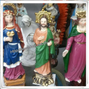Catholic Decorative Figurine of Jesus for Christmas Statues (IO-ca013) pictures & photos