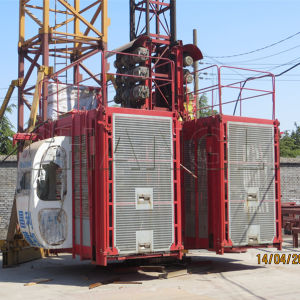 Single Cage and Double Cages 1t /2t /4t Double Cages Construction Elevator pictures & photos