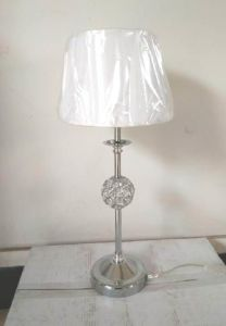 Metal Table Lamp with Crystal Beads Ball (WHT-155) pictures & photos