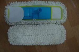 Microfiber Yarn Mop Head W/ Plastic Frame/ Mop Pad pictures & photos