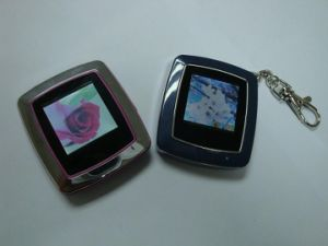 Eco-Friendly OEM Design Digital Photo Keychains pictures & photos