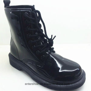 Winter Fashion Casual Leather Women Boots with Injection Sole (ET-XK160347W)