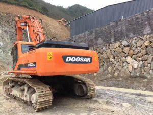 Used Excavator Doosan 500-7 pictures & photos