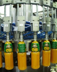Full Automatic 6000b/H Juice Filling Plant pictures & photos