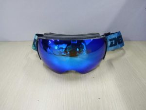 Custom Replaceable Lens Snow Skiing Magnet Style Snowboard Ski Goggles