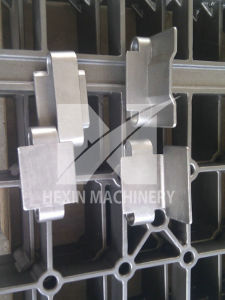 Cast Link Belts for Continuous Heat Treatment Furnaces pictures & photos