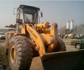 Used Liugong Earthmoving Machinery Front Wheel Loader (LG855) pictures & photos