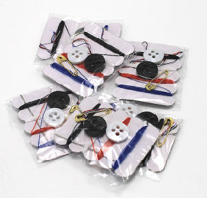 Hotel Disposable Sewing Kit pictures & photos
