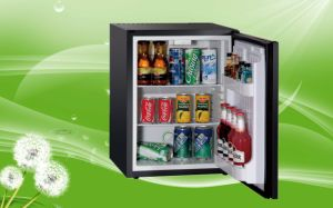 Upright Beverage Cooler Refrigerator Small Size Foamed Door 30 Litres pictures & photos