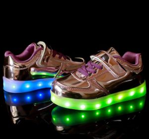 2017 New Arrival LED Shoes pictures & photos