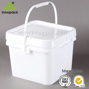 Square 8L Plastic Bucket with Lid and Handle for General Packing pictures & photos