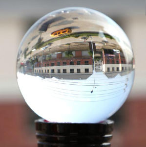 Customized Clear 3D Laser Engraved Crystal Ball pictures & photos