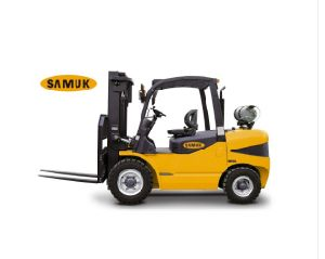 4-7ton Samuk LPG Gas Forklift with GM Engine pictures & photos