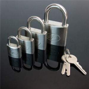 Water Proof High Quality Stainless Steel Padlock with Brass Key pictures & photos