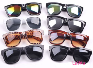 Unisex Stylish Fashion Sunglasses Lm312