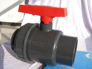 Plastic Ball Valve Straight Through Type pictures & photos