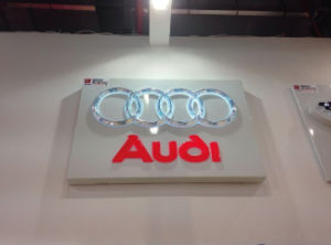 Custom High Quality Wall Mounted Acrylic LED Illuminated Car Logo and Names pictures & photos