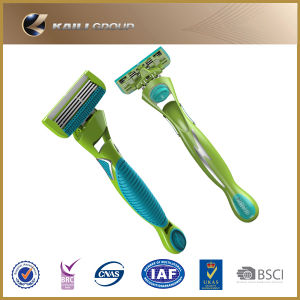 4 Blades System Razor with Cartridge pictures & photos