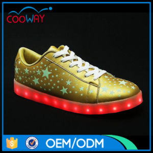 2017 Popular Style LED Light up Shoes for Adult