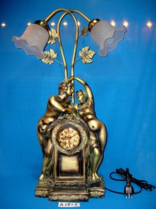 Polyresin Figurines with Lamp&Clock for Home/Hotel Decoration