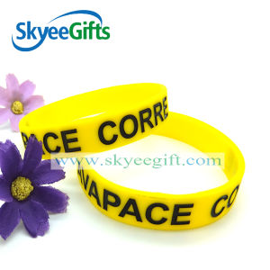 Personalized Logo Deboosed Silicone UK Wristband for Charity pictures & photos